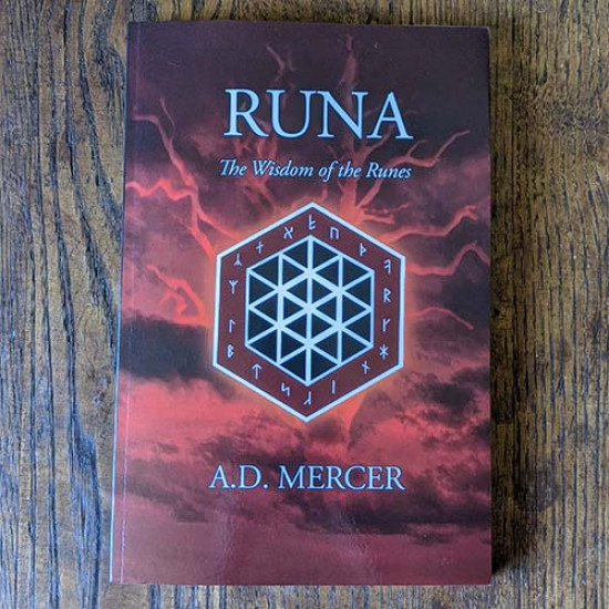 Runa: The wisdom of the Runes